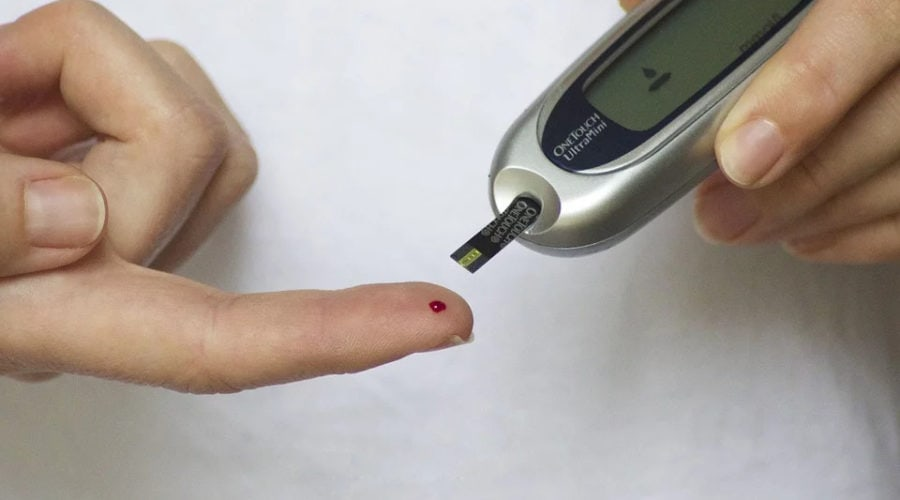 Person checking diabetes